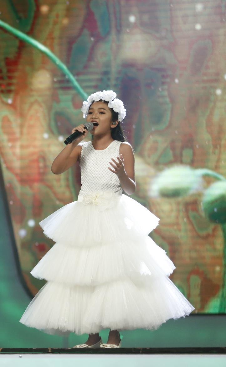 Vietnam Idol Kids: Hát hit của Mỹ Tâm, cô bé khiếm thị bị loại trước Chung kết-5