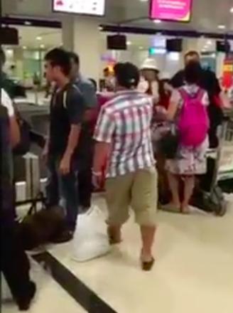 Clip: Hiếu Hiền đánh người tại sân bay gây tranh cãi trên mạng xã hội-2