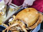 Mực khổng lồ Hong Kong, chanh leo Colombia: Món ăn vặt khác người