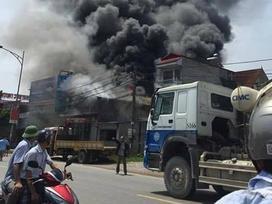 Vụ cháy khiến 8 người tử vong: Do hàn xì làm bắn tia lửa điện vào trần xốp