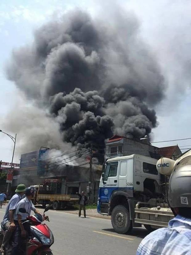 Vụ cháy khiến 8 người tử vong: Do hàn xì làm bắn tia lửa điện vào trần xốp-1