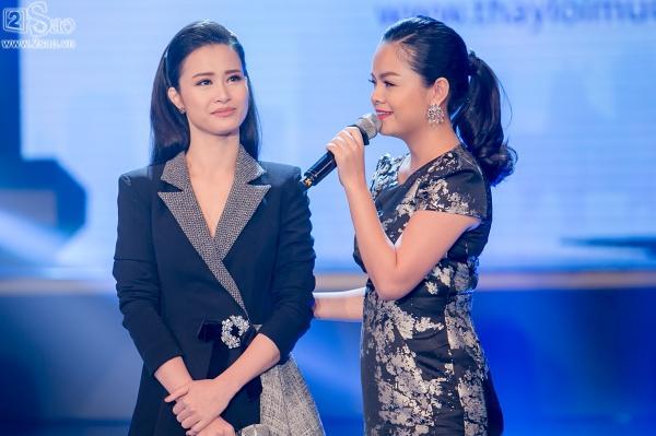 Đông Nhi, Phạm Quỳnh Anh khóc ròng khi được hát lại ca khúc của cố ca sĩ Wanbi Tuấn Anh-4