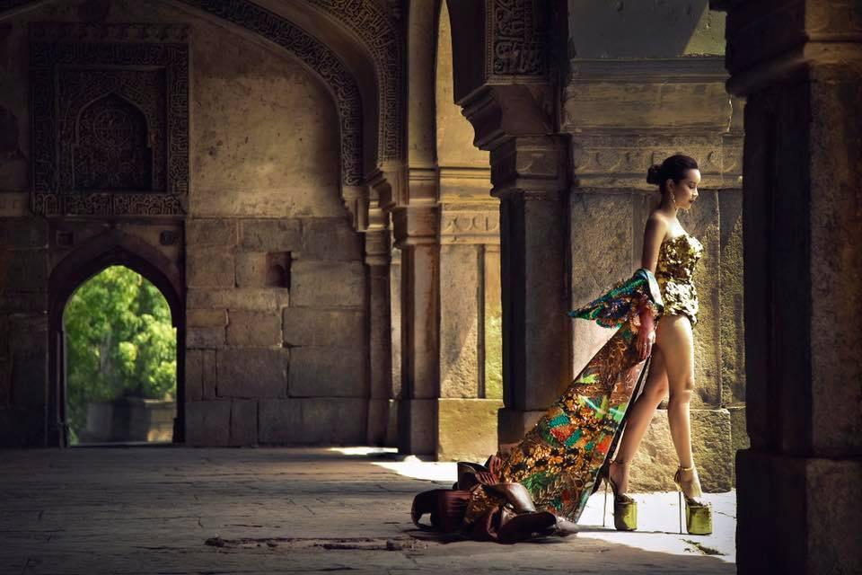 Lưu Hương Giang nói về MV đạo nhái Beyonce: 'Thứ duy nhất tôi lấy là những bông hoa sắc màu'-4