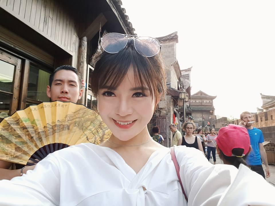 Hot girl Tú Linh chia sẻ kinh nghiệm sau chuyến đi Phượng Hoàng Cổ Trấn cùng ông xã-7