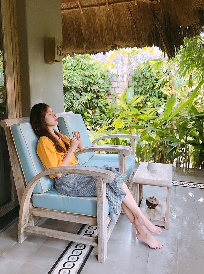 Hot girl - hot boy Việt 1/8: Kiều Trinh tiết lộ phong cách thời trang khác lạ-7