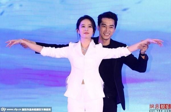 Bán rẻ đời tư, lật tẩy nhau: Trò quen ở showbiz Trung Quốc-1