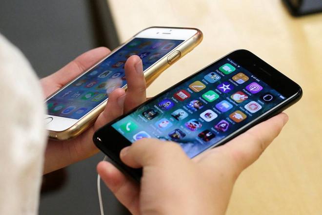 iPhone 8 giá 1.400 USD không phải chuyện điên rồ-1