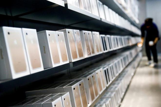 iPhone 8 giá 1.400 USD không phải chuyện điên rồ-2