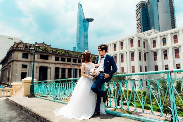Cô dâu xinh đẹp và chú rể lãng tử nhìn tưởng 'Bích Phương - Bùi Anh Tuấn' khiến dân mạng xôn xao-4
