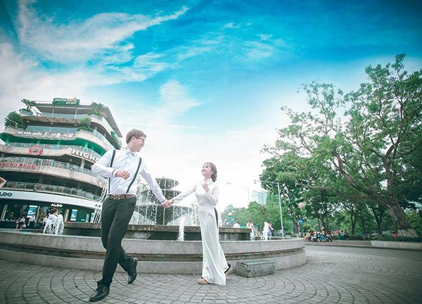 Cô dâu xinh đẹp và chú rể lãng tử nhìn tưởng 'Bích Phương - Bùi Anh Tuấn' khiến dân mạng xôn xao-8