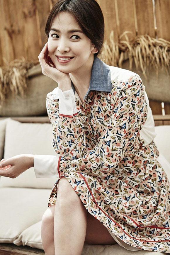 Tưởng giản dị nhưng thật ra Song Hye Kyo cũng chơi hàng hiệu cực đỉnh-3