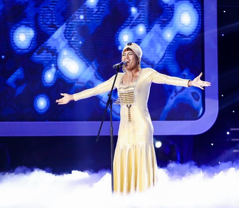 Quốc Thiên giả gái khiến phiên bản gốc Whitney Houston cũng 'khóc thét'-5