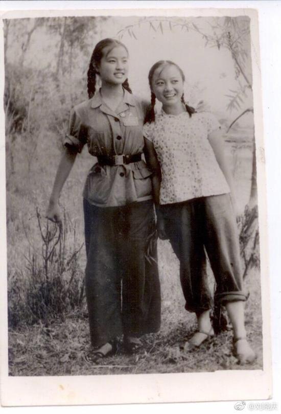 Loạt ảnh năm 14 tuổi chưa từng tiết lộ của 'Võ Tắc Thiên' Lưu Hiểu Khánh-3