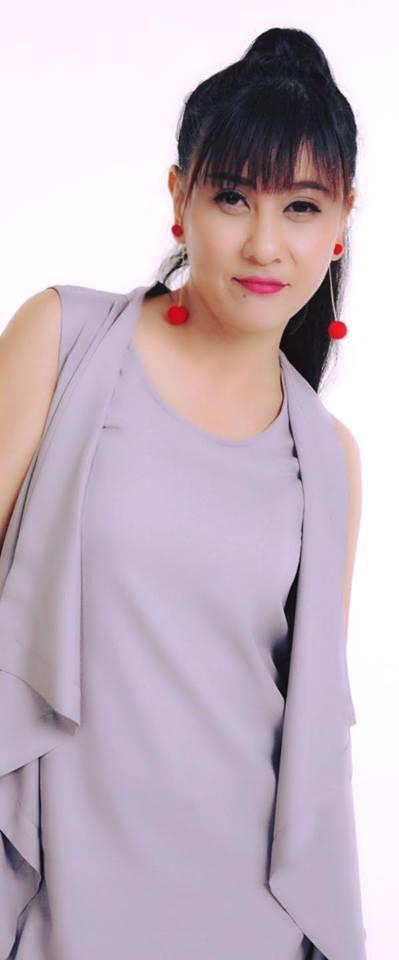 Công khai kết hôn với Kiều Minh Tuấn, Cát Phượng đau đầu vì miệng đời-2