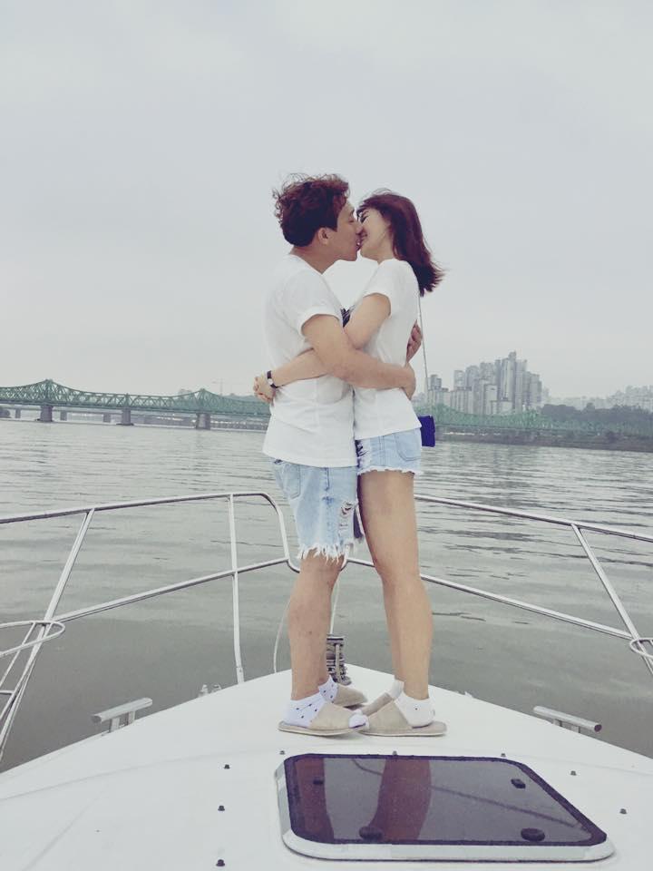 Tin sao Việt 1/8: Trấn Thành khóa môi Hari Won trên du thuyền-2