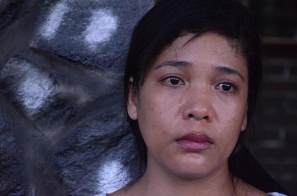 Vụ bé gái 13 tuổi Cà Mau tự tử nghi xâm hại: Mẹ ôm di ảnh con, uất ức cầu cứu VKS tối cao-8