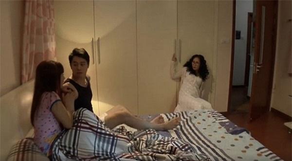 Phim Việt gây tranh cãi khi đưa cảnh nóng thô tục lên màn ảnh nhỏ-13