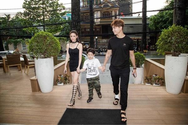 Hậu ly hôn, Tim - Trương Quỳnh Anh tăng cường mặc đồ đôi-1
