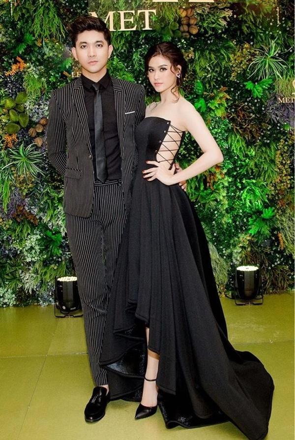 Hậu ly hôn, Tim - Trương Quỳnh Anh tăng cường mặc đồ đôi-6