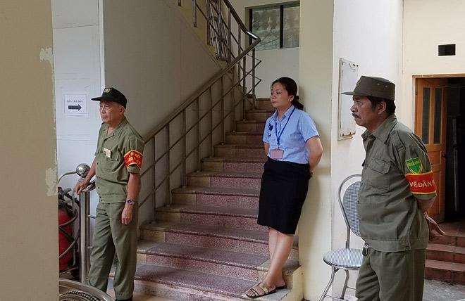 Diễn biến mới nhất vụ 'gian nan xin chứng tử' ở phường Văn Miếu-1