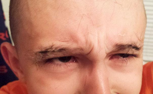 Cùng nhìn lại những kiểu tóc 'trơ trụi', mà thủa bé ai cũng từng tự cắt cho mình-1