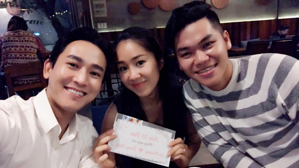 Tin sao Việt 2/8: Lê Phương hào hứng khoe quà cưới sớm từ 'người tình màn ảnh'-1