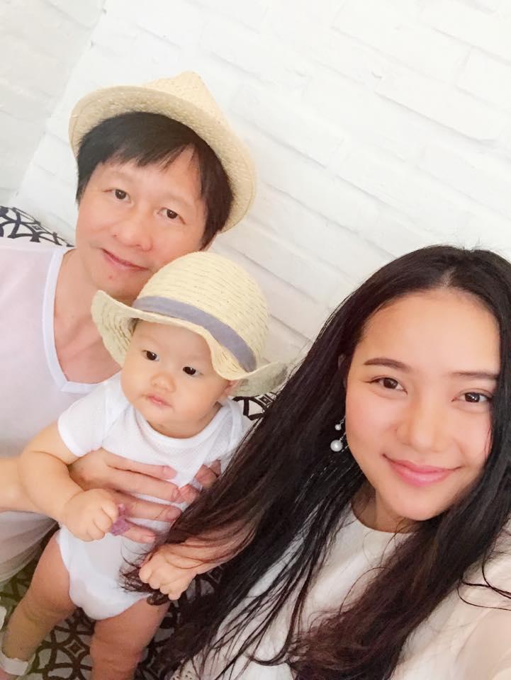 Tin sao Việt 2/8: Lê Phương hào hứng khoe quà cưới sớm từ 'người tình màn ảnh'-5