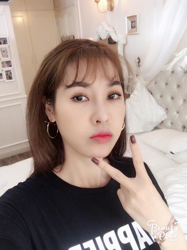 Tin sao Việt 2/8: Lê Phương hào hứng khoe quà cưới sớm từ 'người tình màn ảnh'-6