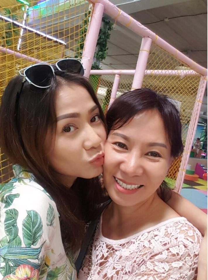 Tin sao Việt 2/8: Lê Phương hào hứng khoe quà cưới sớm từ 'người tình màn ảnh'-9