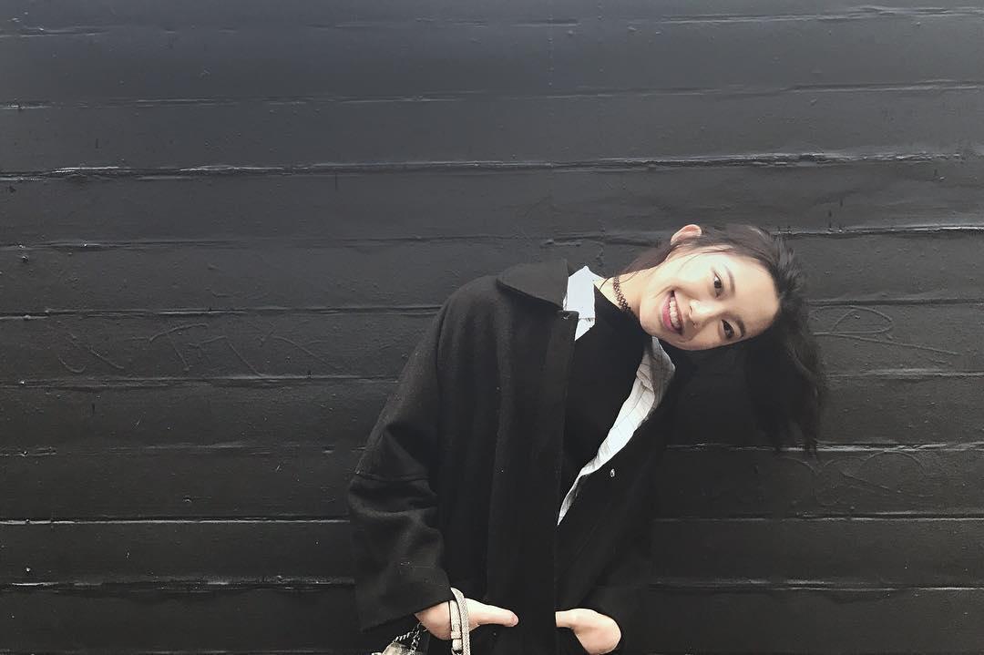 Có những cô gái chỉ cần một nụ cười cũng khiến người ta muốn yêu luôn!-6