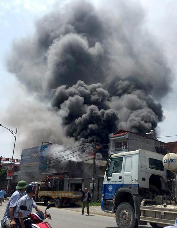 Bắt khẩn cấp thợ hàn gây ra vụ cháy làm 8 người chết-1