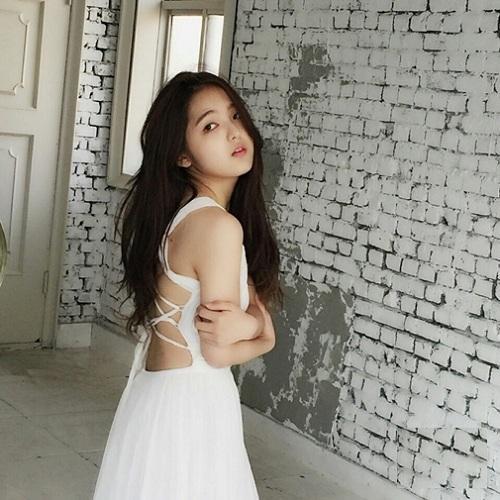 Sao nhí 'bị bắt nạt' Shin Ae dậy thì thành công xinh đẹp chẳng thua kém mỹ nhân-10
