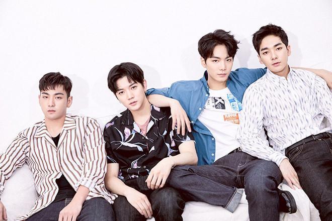 Một tuần trở lại, nhóm nhạc 'nam thần' xứ Hàn chiếm lĩnh nhiều BXH-1