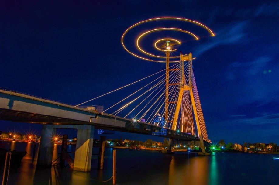 Dấu ấn Việt Nam trên những nhịp cầu nối đôi bờ-9