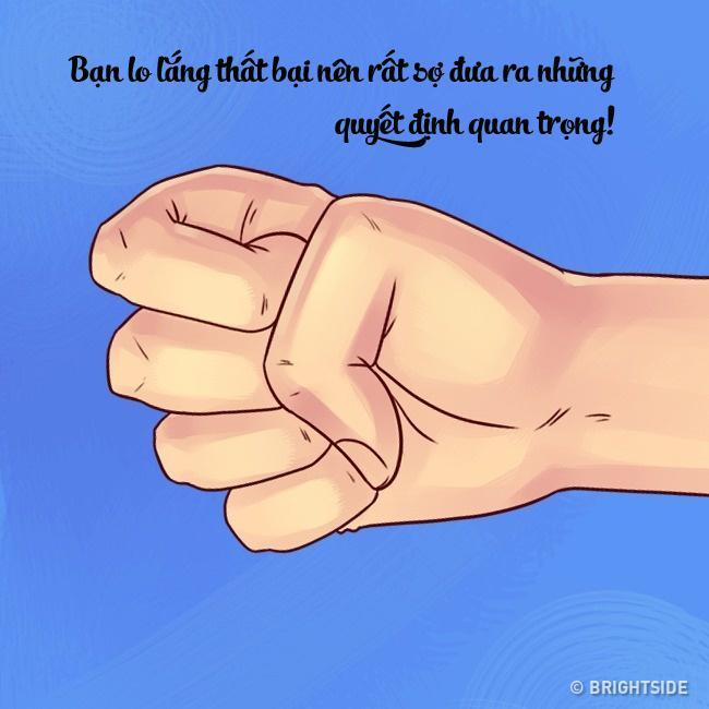 Khỏi cần tò mò, chỉ cần nhìn cách nắm tay, biết ngay tính cách người khác-6