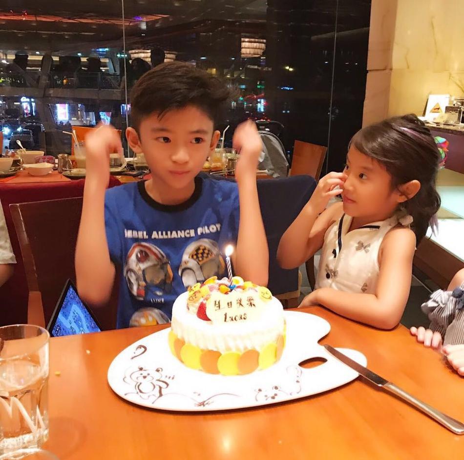 Tạ Đình Phong bị chỉ trích vì bỏ sinh nhật con để đi du lịch cùng người tình-2