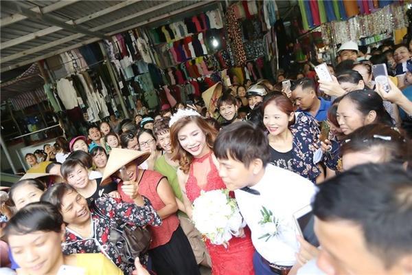 Clip đám cưới cô dâu chuyển giới ở Thanh Hóa gây bão cộng đồng mạng-2