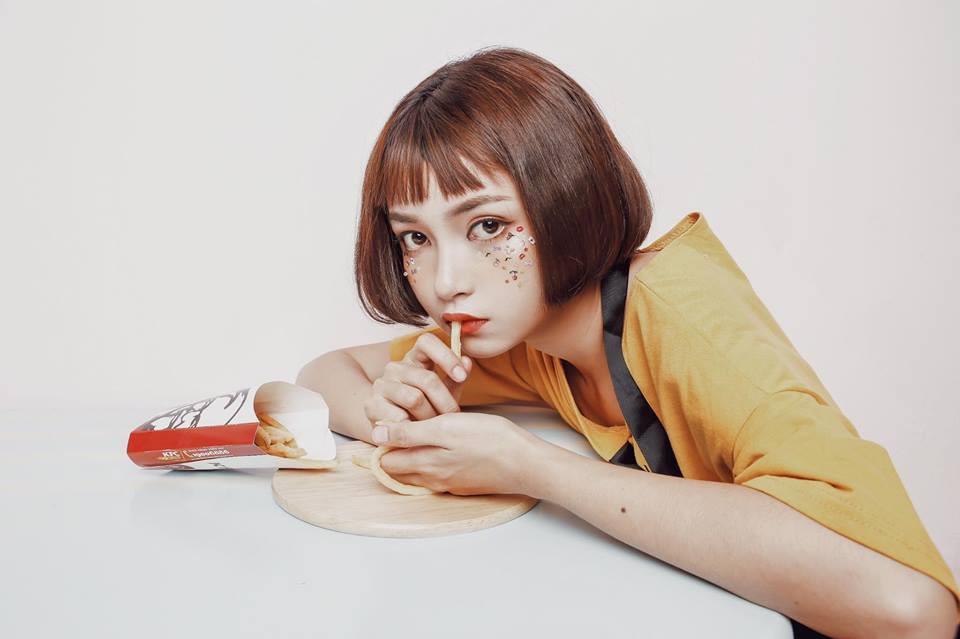 Cô gái xinh như búp bê xuất hiện trong MV của Thanh Duy-3
