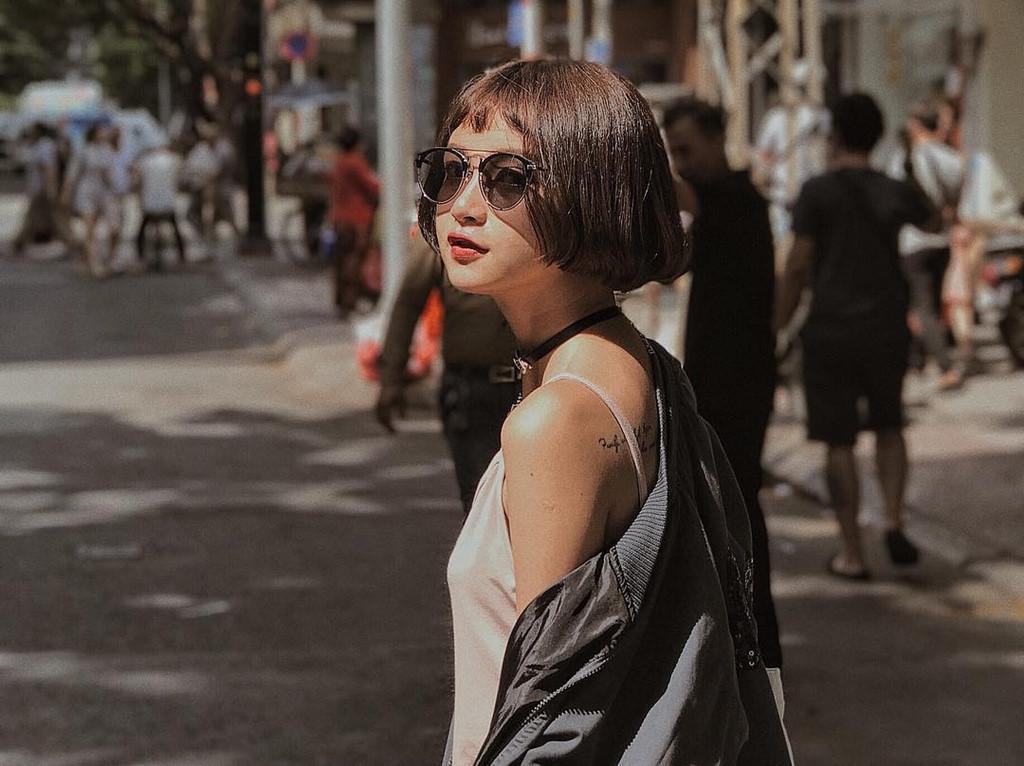 Cô gái xinh như búp bê xuất hiện trong MV của Thanh Duy-9