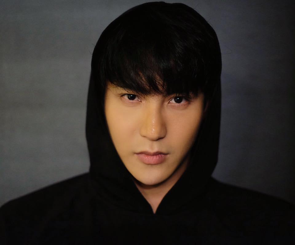 Hot girl - hot boy Việt 4/8: Salim than thở nhan sắc kém xinh, phải dùng bật lửa makeup-3