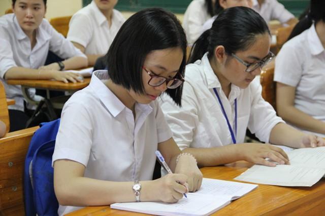 Cực hiếm: Trường có 100% học sinh đỗ đại học năm 2017-1