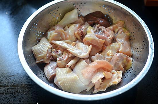 Miến thịt gà om nấm, bữa ăn sáng 'sang chảnh' cũng thèm-1