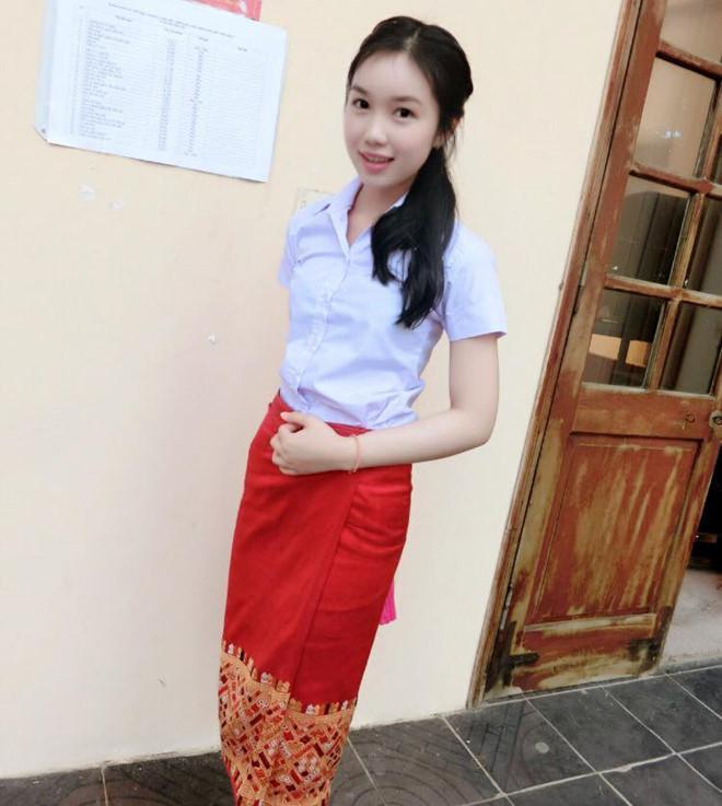 Thiếu nữ Lào xinh đẹp giỏi tiếng Việt, ước mơ làm bác sĩ-3