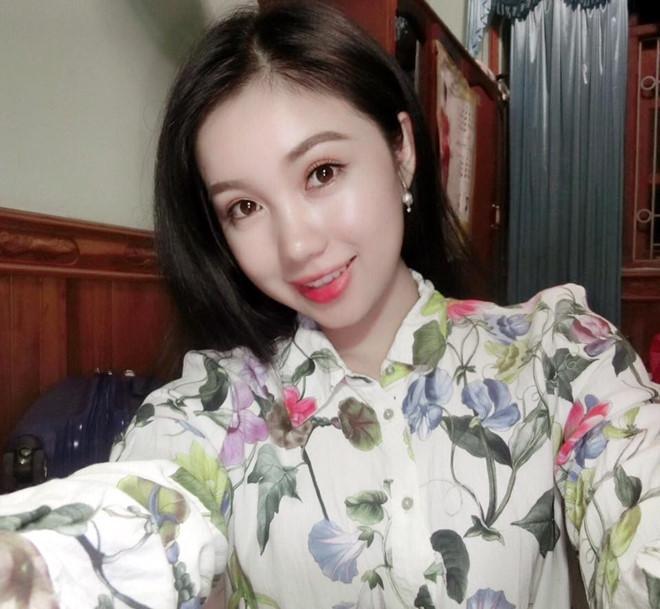 Thiếu nữ Lào xinh đẹp giỏi tiếng Việt, ước mơ làm bác sĩ-4