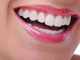6 công thức làm trắng răng tự nhiên