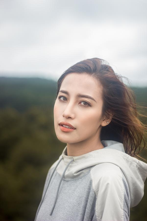 Phan Ngân The Face tung clip cover hoành tráng 'Cô gái đến từ hôm qua'-1