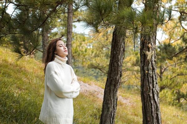 Phan Ngân The Face tung clip cover hoành tráng 'Cô gái đến từ hôm qua'-8