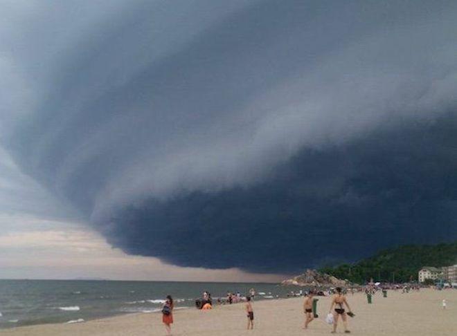 Clip đám mây kì lạ ở Sầm Sơn và thông tin chính thức về hiện tượng này-1