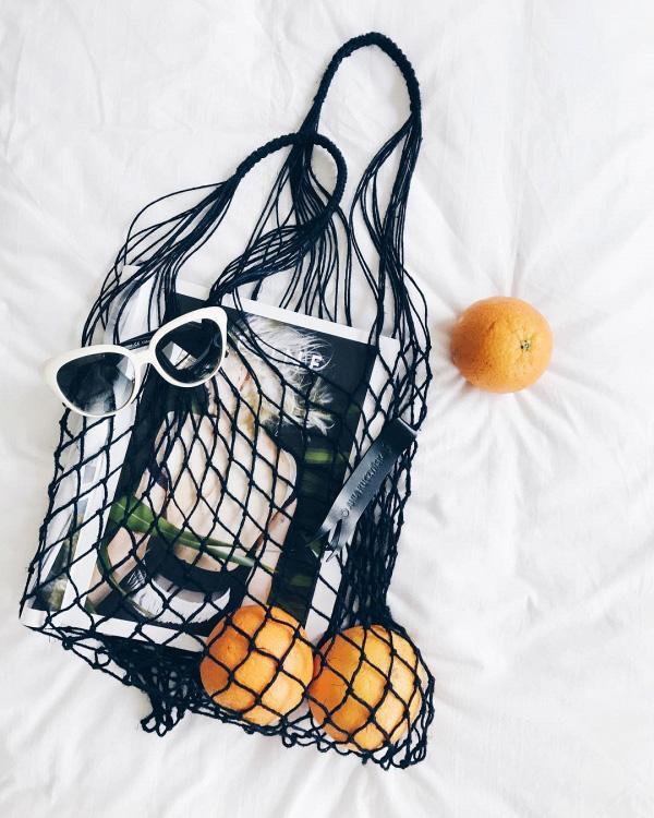 Túi đựng hoa quả của các mẹ bỗng chốc lên đời thành phụ kiện hot hè 2017-6