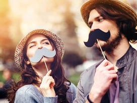 Làm theo cách này thì đã lấy nhau lâu cũng vẫn nồng nhiệt như ngày đầu hẹn hò
